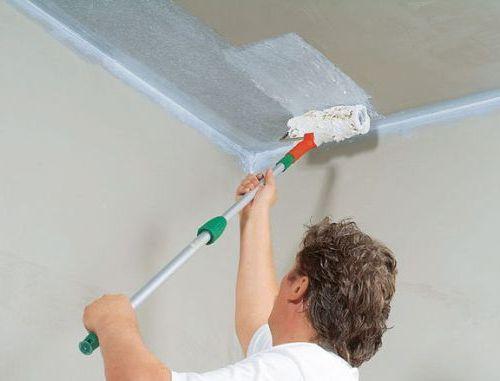 7 советов, как побелить потолок и стены известью, мелом, водоэмульсионной краской