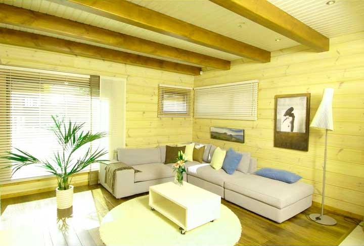 Как покрасить дом из дерева внутри