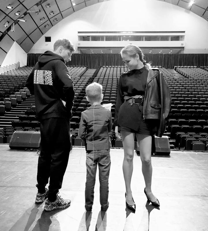 Ляйсан Утяшева заявила, что их с Павлом Волей 5-летний сын «готовит свой stand up»